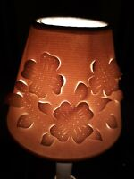 "Vtg Beige Paper Pierced Cut Out Lamp Shade Clip on Floral 4Tx 2.5 x5"" Shabby"
