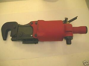 Pneumatic Rivet Squeezer Compression Riveter Chicago Pneumatic Style 351C New
