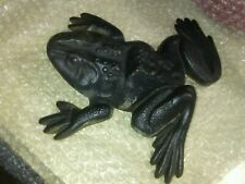 VINTAGE VIRGINIA METALCRAFTERS CAST IRON FROG DOOR STOP GARDEN FIGURE WEATHERED