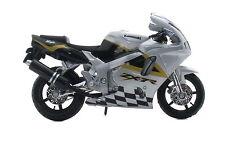 KAWASAKI NINJA zx-7r Plata 1:18 modelo de motocicleta de Bburago