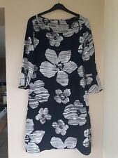 Womens floral summer boutique dress size 14.