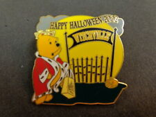 VINTAGE DISNEY OFFICIAL PIN TRADING TREAT HAPPY HALLOWEEN 2002 WITCHVILLE LIM. E
