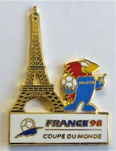 Pin's Foot , Football , Footix 98 , Coupe du monde , Tour Eiffel . . .
