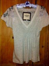 ABERCROMBIE & FITCH New York  Lady's T-Shirt Size XS Light Grey