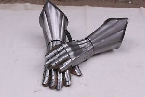 18 Guage Steel Medieval Knight Gothic Pair Of Gauntlets Gloves Armor IA