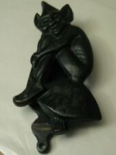 "5"" Vintage Pixie / Elf /Imp sitting on a toadstool door knocker"