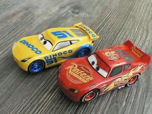 2 Carrera Evolution Vehicles Disney Dinoco Cruz 27540+ Lightning Mcqueen 27539