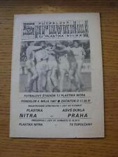 04/05/1987 plastika Nitra V Dukla Praga. NO difetti evidenti, a meno che non DESCRIPTIO