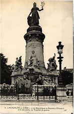 CPA MILITAIRE L'Actualité, Lyon-La République au Rameau d'Olivier (315568)