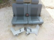 05 Dodge Durango gray leather 3rd row seat