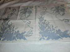 Vintage Embroidery Iron-on Transfer - Cross-Stitch Flowers - (D169)