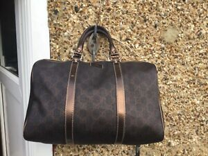 Authentic Gucci bag with dust bag