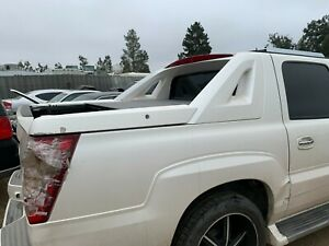 2002 - 2006 CADILLAC ESCALADE EXT TRUCK Right INNER SAIL CLADDING PANEL