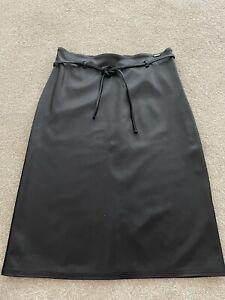 Ladies Vintage  Black A-Line Leather Look Skirt Size 8-10