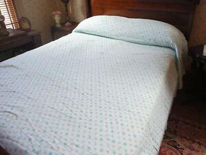 "Vtg Seersucker Cotton Bedspread Blue Floral Print Twin / Full Size 84""W x 102""L"