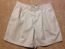 Men's Consensus Sportswear Size 40 (Measures 38) Beige Pleated Front Shorts