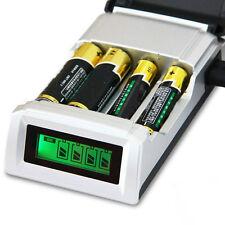 Hot C905W 4-Slot LCD Ladegerät AA / AAA NiCd Ni-MH Batterie EU Stecker 4H