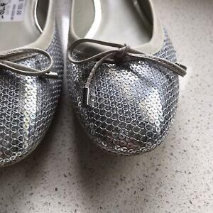 Geox NEW Size 40 Silver Ballet Flats $220+ Made in BRAZIL P/U Avail. Blackburn
