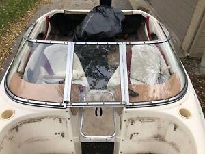 1997 rinker 19' captiva complete Windshield Curved glass Walk Through