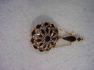 Vintage Victorian  10KT Gold & Black Onyx Pin Nice
