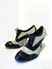 Chanel Spectator Lace Up Heels size 40 Vintage Collector Fashion