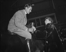 Eleanor Roosevelt presents horse show trophy to Errol Flynn New 8x10 Photo