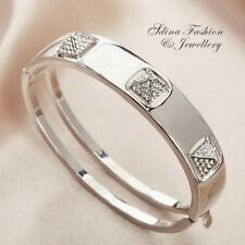 18K White Gold Filled Simulated Diamond Stylish 3D Pyramid Silver Bangle