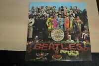 BEATLES  SGT PEPPERS LONELY HEARTS CLUB BAND  LP GATEFOLD .1967.CUT OUTS PCS7027