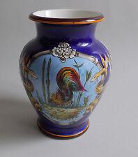 Eugène Collinot ou Auguste Jean. Vase en faïence à décor de médaillons, XIXe