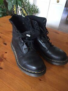 Doc Marten Boots Size 6 Black Soft Leather Slight Wear