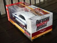 ERTL Auto World 1:18 1969 Dodge Charger Daytona Keith Black Hemi Head Car Toy
