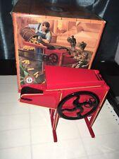 Ertl Antique Corn Sheller in Original Box 1/8 Scale 4968