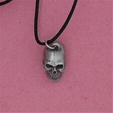Estaño Inglés-Grande Calavera-Colgante Collar gótico de la muerte
