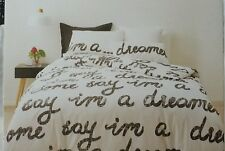 "KING "" DREAMER "" PRINT QUILT COVER SET. NEW IN FABRIC BAG. BLACK WORDING PRINT"