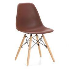 1 Chaises marrons pour le bureau