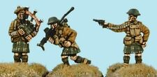 SHQ BF16 1/76 Diecast WWII British Highland Officer, Piper Boys AT Rifle Gunner