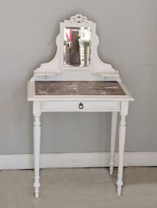 BEAUTIFUL ANTIQUE FRENCH PAINTED LOUIS XVI STYLE DRESSING TABLE C1900