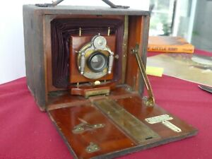 Antique Rochester Optical Co  4x5 Folding field camera   REKO 1899