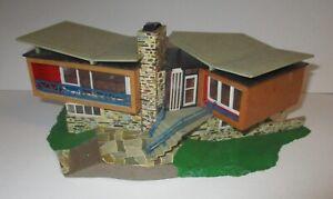 Faller 1968Swiss Lake House Executive Home HO Scale No. 271