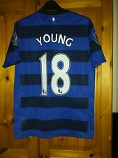 Manchester United Football Shirt size 158 -170 13-15 years. 18 YOUNG
