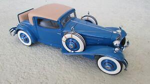 Danbury Mint 1929 Cord L29 Special Coupe 1:16 Scale diecast car box papers Blue