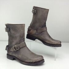 New in Box Frye Women's Veronica Back Zip Short Stone Stonewash Boot Size 6 B