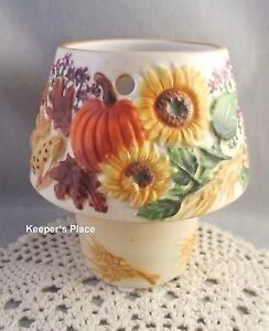 Yankee Candle Fall Autumn Harvest Wheat Pumpkin Apple Tea Light Holder MINT