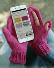 KNITTING PATTERN FOR MOBILE PHONE GLOVES !!.(HS54)