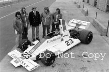 Graham HILL & Tony BRISE EMBASSY HILL F1 TEAM Portrait 1975 FOTOGRAFIA