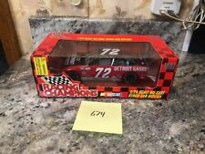 New 1997 Racing Champions 1:24 Mike Dillon Detroit Gasket Stock Car #72