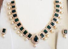 BRIDAL LOOK STERLING SILVER EXACT DIAMOND PATTERN GREEN HYDRO NECKLACE EARRINGS