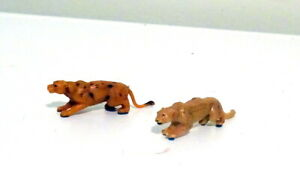 CORGI CHIPPERFIELDS CIRCUS ACCESSORIES TWO LIONS SELDOM FOUND SEPERATELY