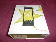 LG Telus BL40 Cell Phone 4 inch TFT touchscreen/Dual Screen UI in Box (L19)