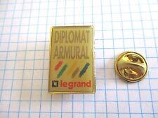 PINS VINTAGE ENTREPRISE DIPLOMAT ARMURAL LEGRAND wxc 33